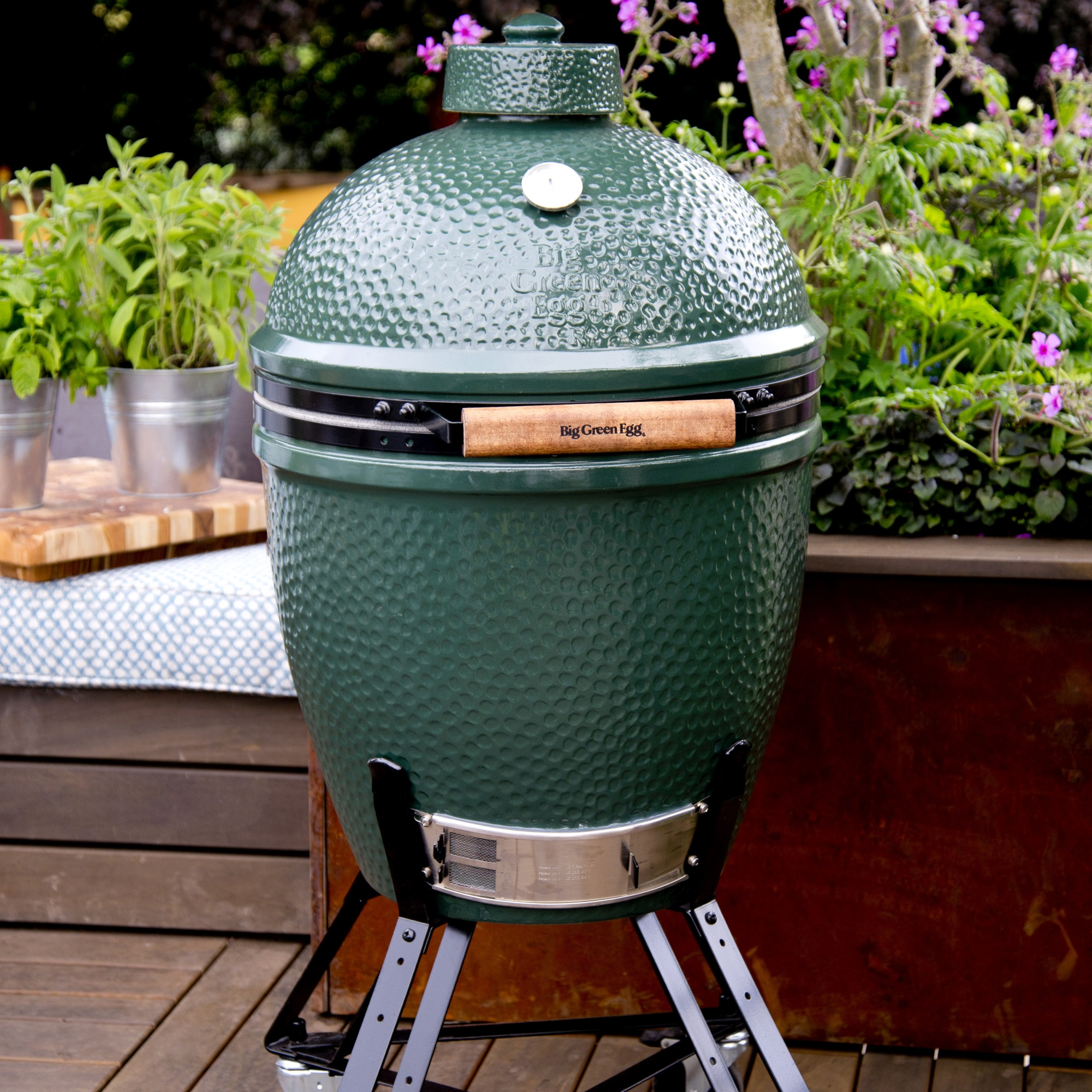 An image of Big Green Egg Large Starter Bundle
