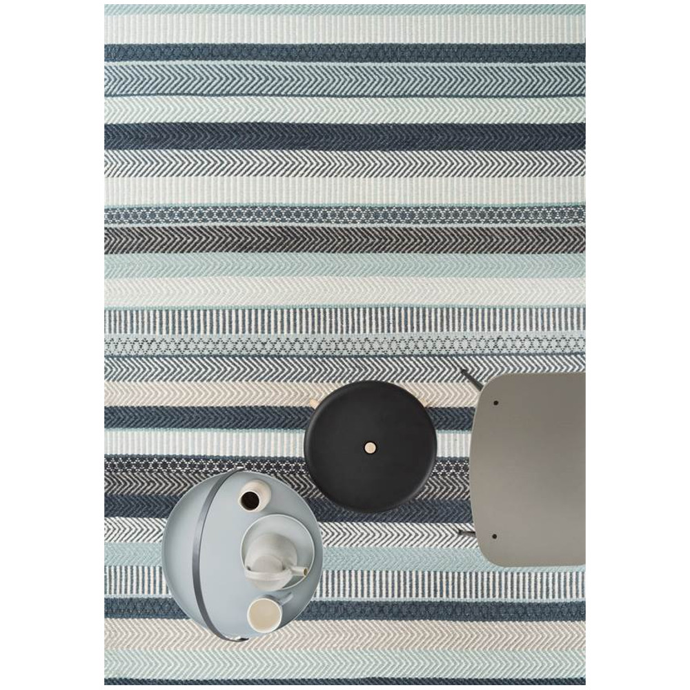An image of Linie Designs Rug - Mariko - Available in 3 Sizes & 2 Colours - Blue