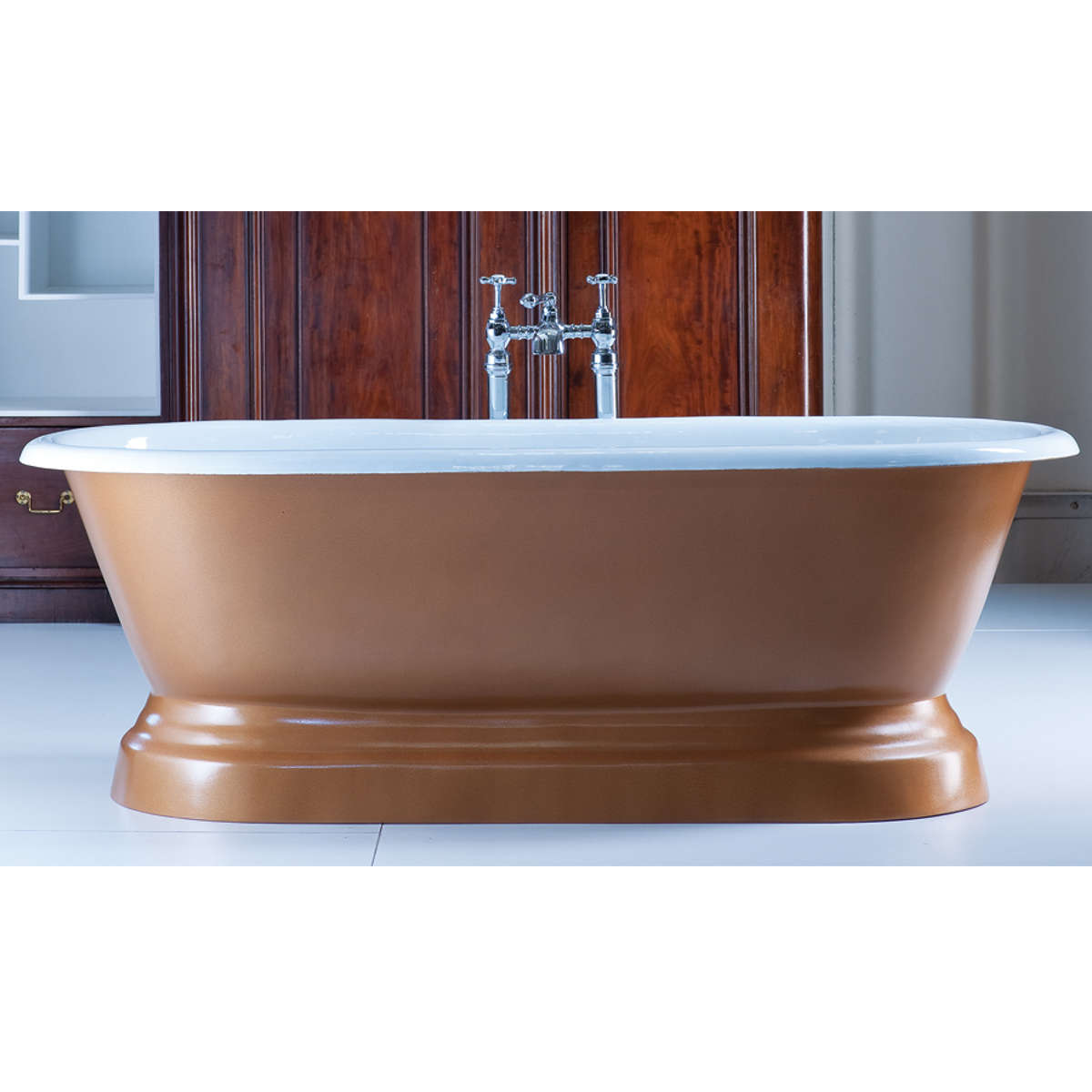 An image of Arroll Baths - The Chaumont Bath - Roll Top Bath - Cream