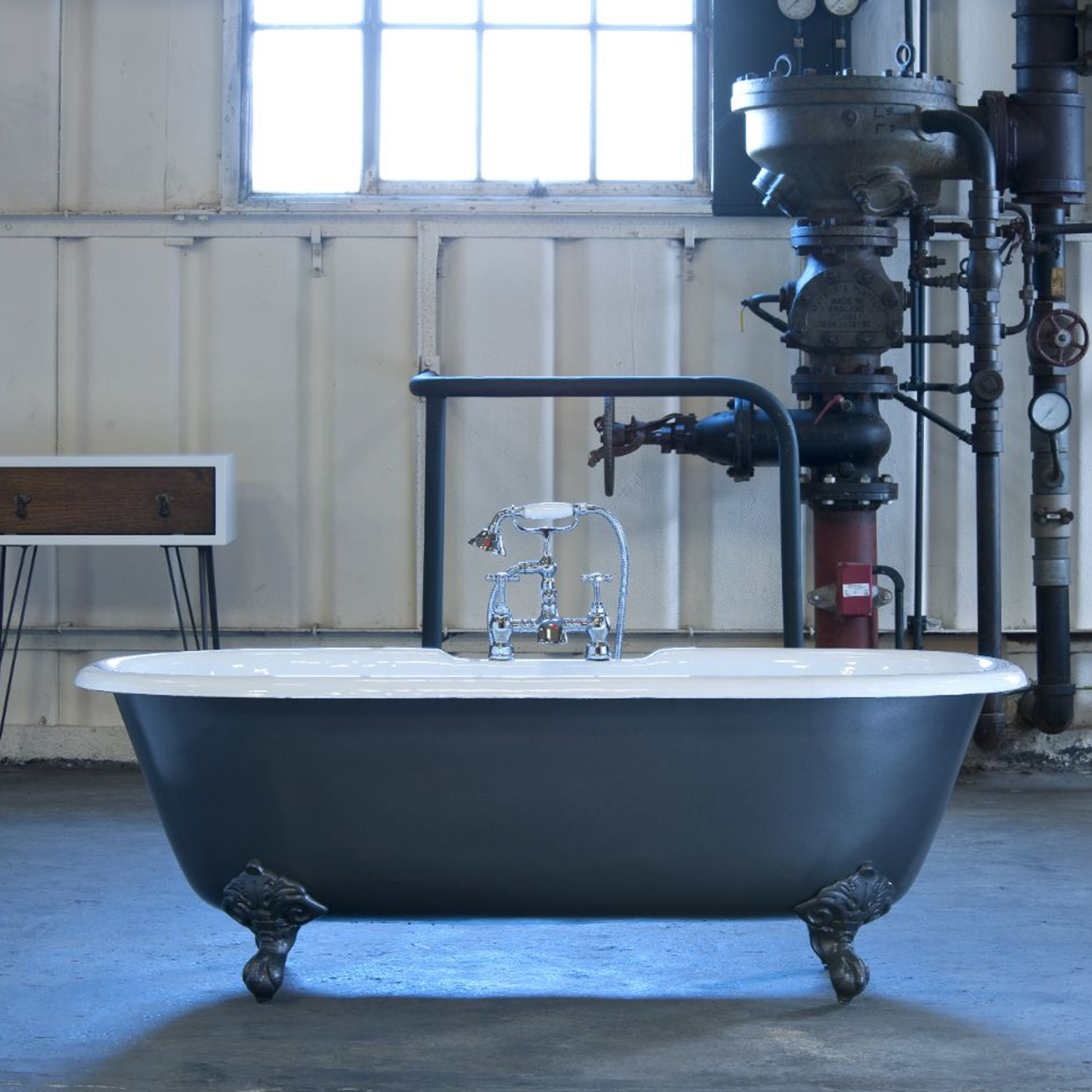 An image of Arroll Baths - The Moulin Bath - Roll Top Bath - Blue Jade
