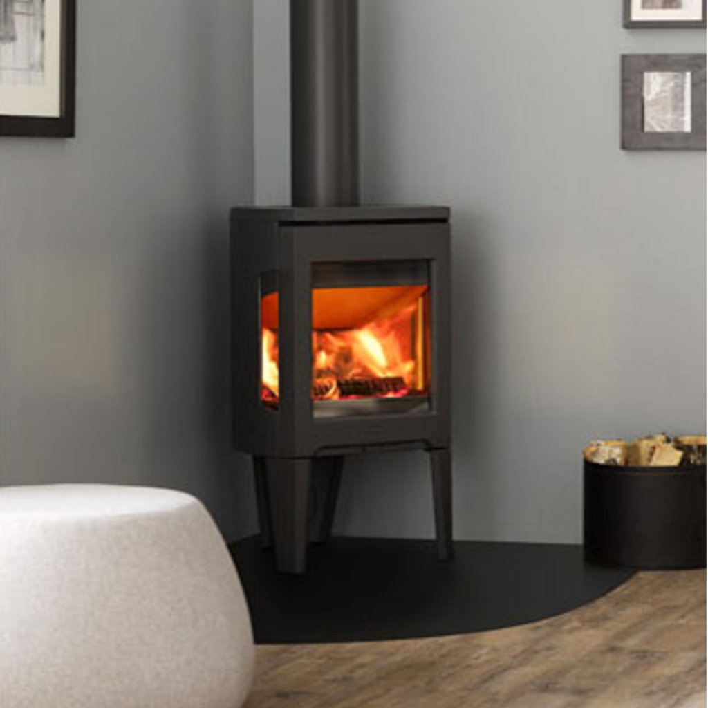 Jotul F163 Wood Burning Stove in Black With Glass Sides