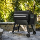 Traeger Pro 780 Wood Pellet Smoker BBQ - Free Traeger Cover and One Bag of Traeger Pellets Included
