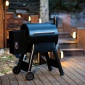 Traeger Wood Pellet Smokers - Pro Series 22 - With Digital Control