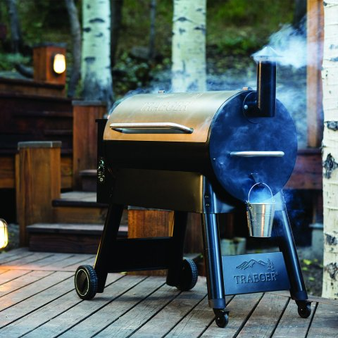 Traeger Wood Pellet Smokers - Pro Series 34 - Pro Bundle